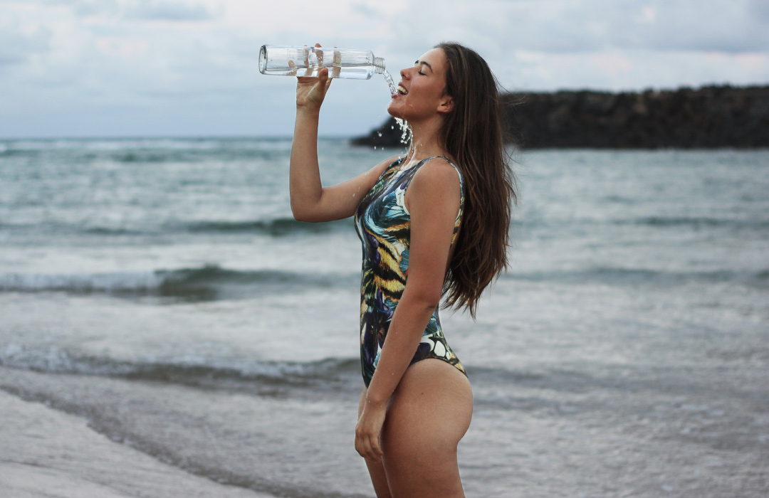 Ways to Get Perfect Woman Body - Stay Hydrated